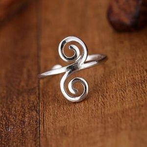 Jewelry - 925 Sterling Silver Fancy Finger Ring